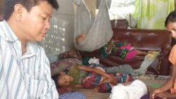 Pastor K. zu Besuch bei Kindern mit Masern aus KiGa1
